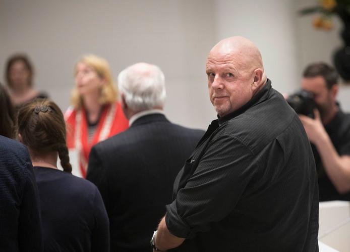 Henk Bres wordt beëdigd door burgemeester Pauline Krikke.