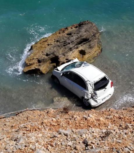 Belgisch koppel rijdt huurauto van klif op Mallorca