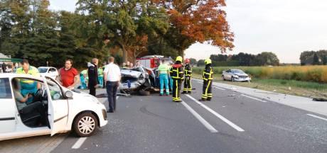 Gewonden bij ongeval met drie auto's bij Heijen