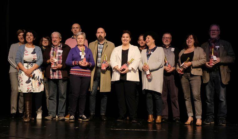 De vrijwilligers die zich in de voorbije tien jaar inzetten voor Den Babbelier kregen een bedankje tijdens de jubileumviering.