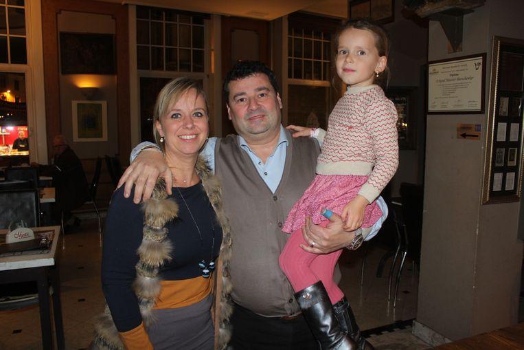 Uitbaters Veronik, Jurgen en dochter Margot.