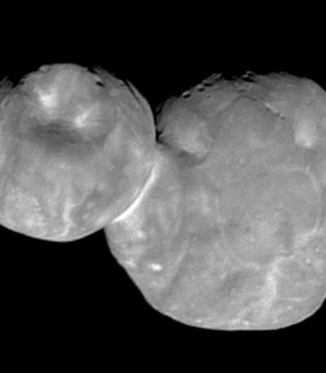 NASA: Ruimtesneeuwpop Ultima Thule heeft geen rond maar plat achterste