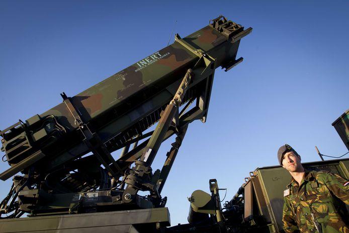 In 2012 maakte het Defensie Grondgebonden Luchtverdedigingscommando (DGLC) in Vredepeel zich met zijn Patriot luchtverdedigingssystemen klaar voor een eventuele inzet in Turkije.  Archieffoto