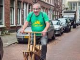 Boms inburgeringstip voor burgemeester Van Zanen: 'Nóóit uitjes of zuur bij uw haring. Dat doen ze in 020!'