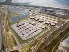 Hercuton Nieuwkuijk bouwt in Rotterdam de grootste truckwash van het land