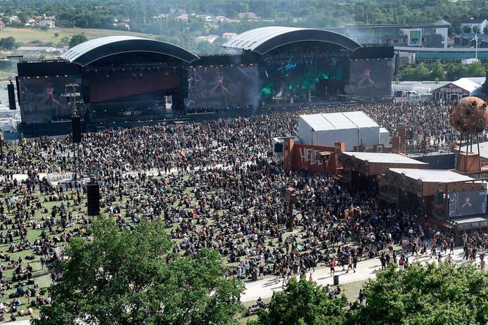 Uitzicht over Hellfest-terrein.