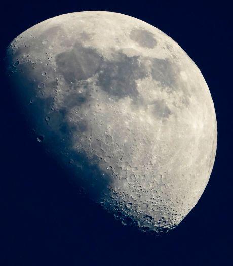 NASA betaalt bedrijf 1 dollar om stenen van de maan te delven