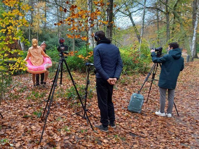 De opnames van theaterwandeling 'De vos... in het bos' van Anna's Steen.