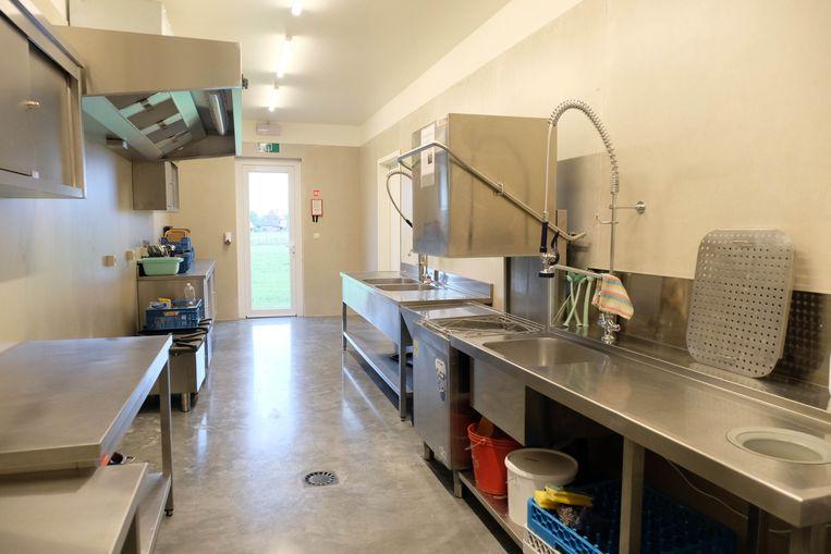 In  het gebouw is er ook plaats voor een keuken.