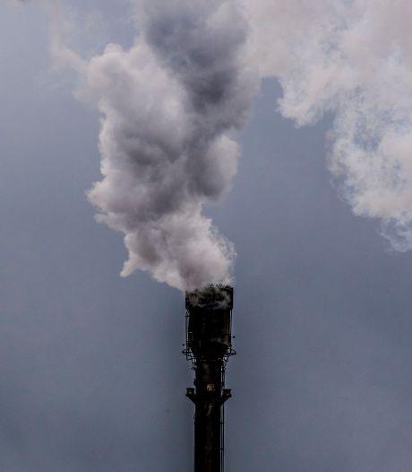 Dorpsbelang Hees eist stoppen benzeen-uitstoot: 'Zes sigaretten per dag, we leven gemiddeld 400 dagen korter'