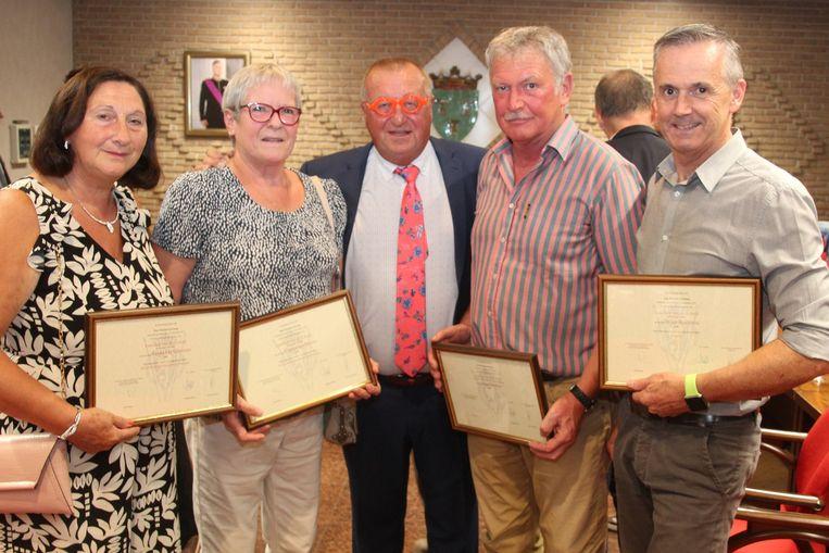 Frida De Gussem, Catharinar Moors, Paul Biebaut en Wim Bayens werden gehuldigd.