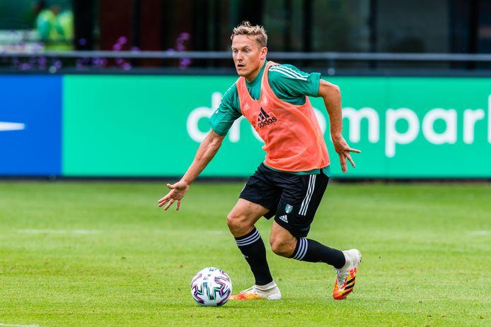 Jens Toornstra deze week op de training van Feyenoord. ,,Het kan weleens een mooi seizoen worden.''