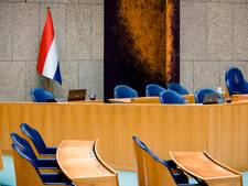 Ook Zwartewaterland krijgt Nederlandse driekleur in raadszaal