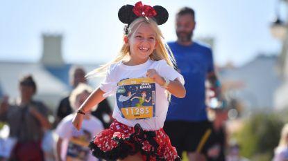 IN BEELD. 27.000 Disney-figuren lopen door Disneyland Paris (en ook Bo Van Spilbeeck deed mee)