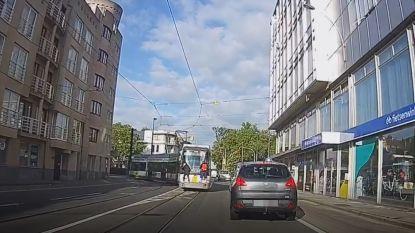Jonge tramsurfers riskeren hun leven
