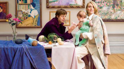 """VIDEO. Felix Van Groeningen, Charlotte Vandermeersch en zoontje Rufus in NINA: """"Die dag toen ik verliefd werd in dat café, dacht je wellicht: is dat ventje een regisseur?'"""