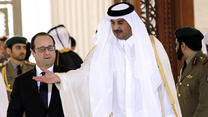 François Holland reçu par l'Emir du Qatar en mai 2015.