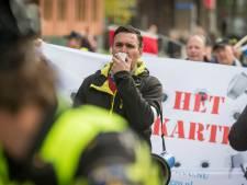 Infiltrant in extreemrechtse NVU gaf info door aan politie en AIVD: 'Hij steekt ons een mes in de rug'
