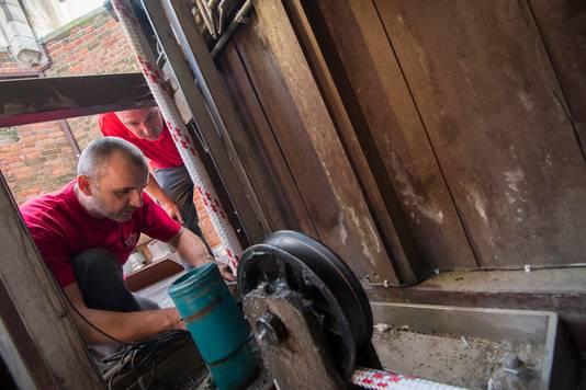 Het carillon was afgelopen week kapot en is weer gerepareerd