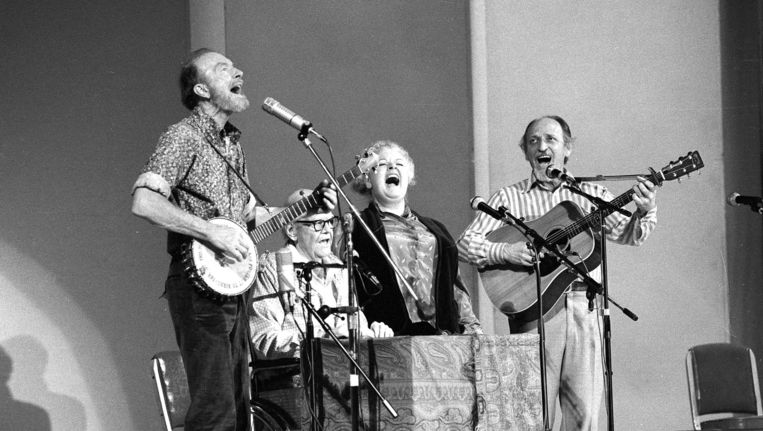 The Weavers op een reünieconcert in 1980.