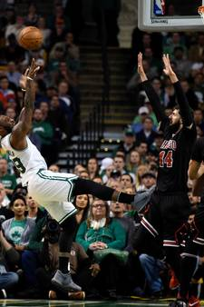 Celtics voor het eerst op voorsprong in serie tegen Bulls