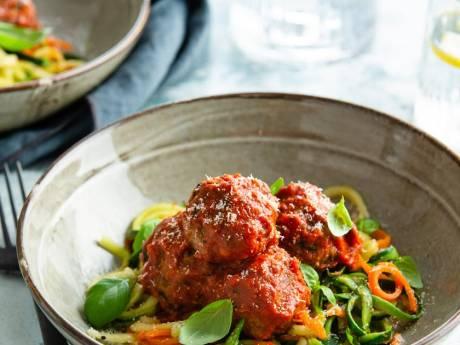 Wat Eten We Vandaag: Courgetti met spinazie gehaktballetjes