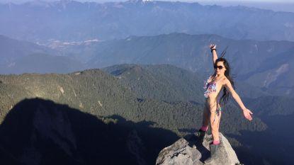Bekende 'bikiniklimster' sterft tijdens soloklim ondanks verwoede pogingen om haar te redden