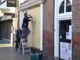 Ondernemers in Schijndel beschermen winkels uit angst voor rellen