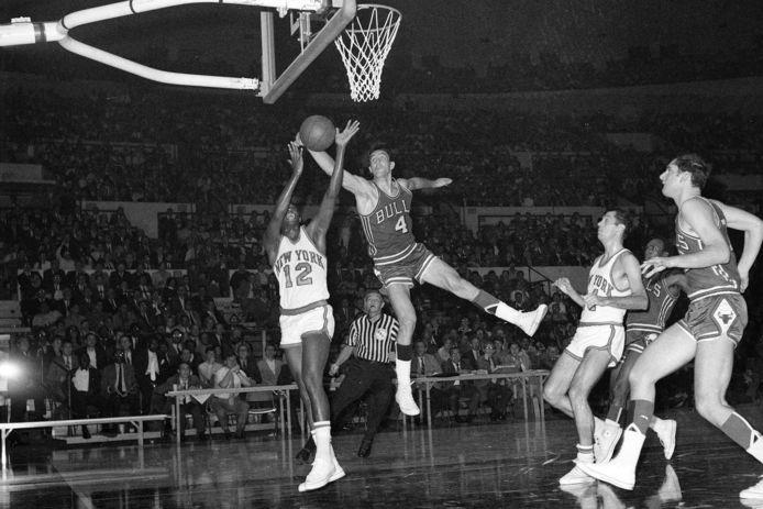 Jerry Sloan (4) als speler van de Chicago Bulls in 1968.