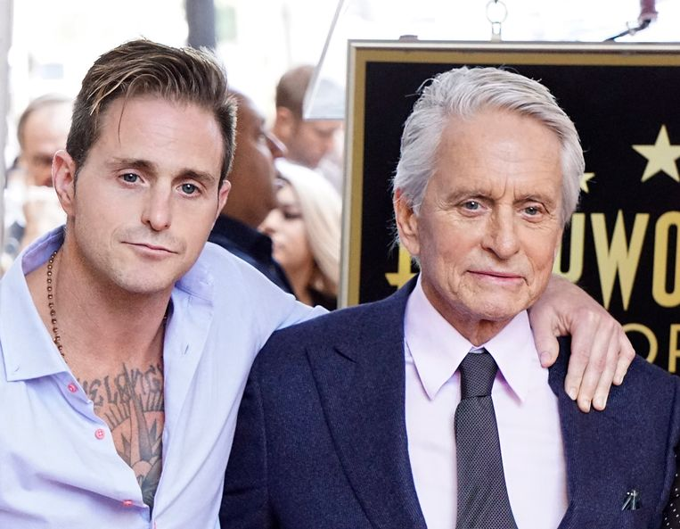 Cameron en Michael Douglas.