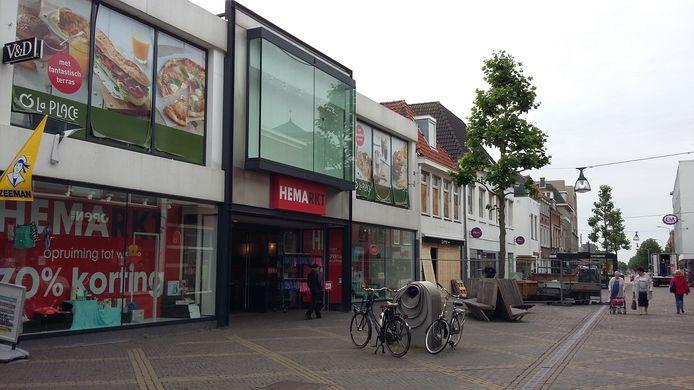 De KPN-winkel komt rechts naast de entree van de Hemarkt te zitten.