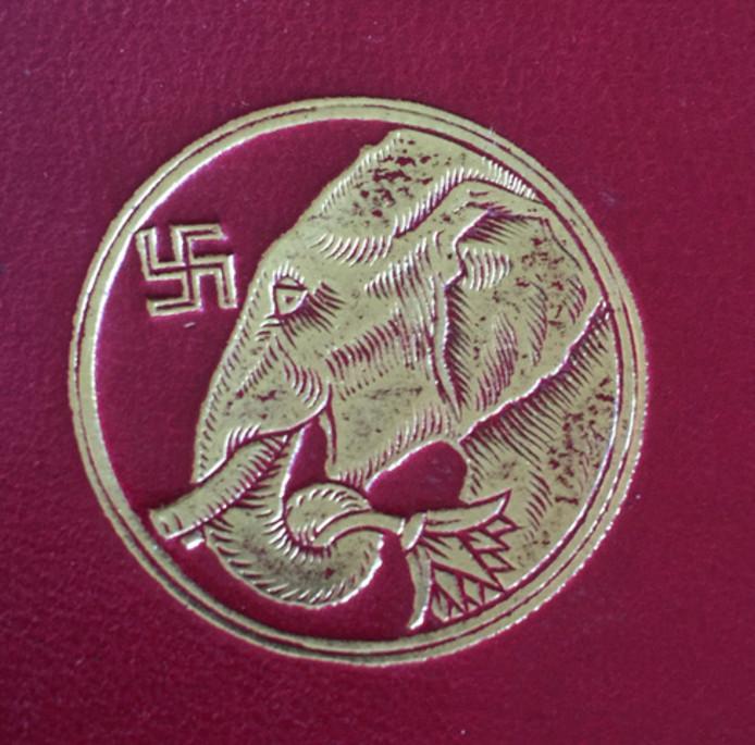 Boekband van het beroemde kinderboek Kim, geschreven door Rudyard Kipling; reprint 1920, Macmillan, London. Oorspronkelijk editie 1908.