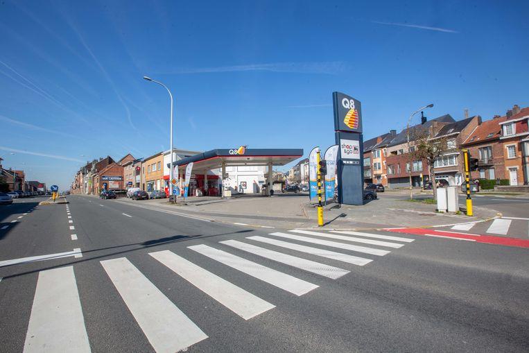 Het ongeval gebeurde in 2010 op het kruispunt van de Ninoofsesteenweg en Baron Robert de Vironlaan.