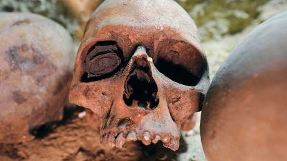 2000 jaar oude mummies ontdekt in gigantische tombe in Egypte