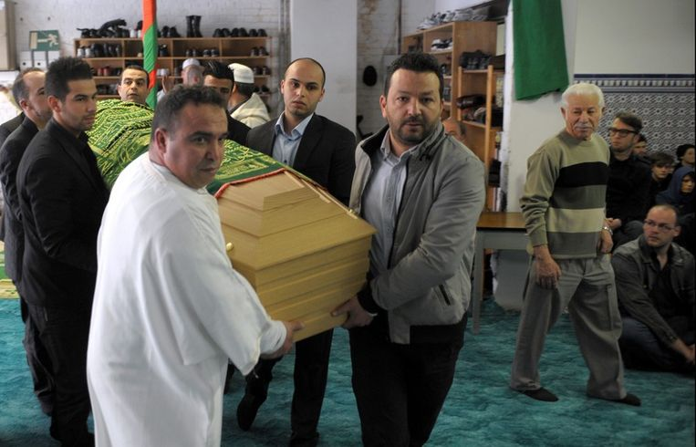 Vorige week vrijdag vond de uitvaartsplechtigheid van Ihsane Jarfi plaats in een moskee in Luik.