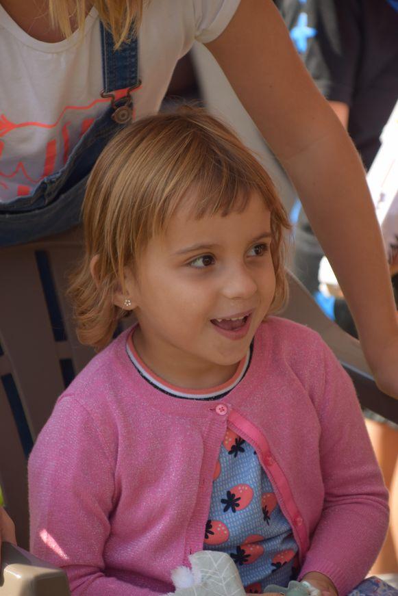 Paige Heye (4). Het meisje heeft een complexe vorm van epilepsie.