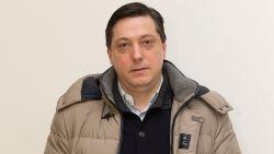 Veljkovic haalt 450.000 euro af in één dag terwijl hij officieel 4.500 euro winst maakt per jaar