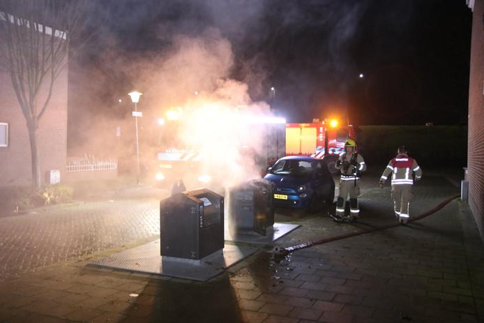 Meerdere containerbranden in Vlaardingen.