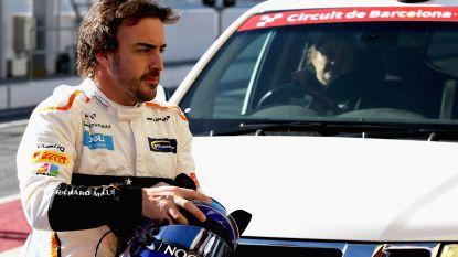 Dag met twee gezichten voor Alonso en McLaren: 's ochtends urenlang werkloos door olielek, na de middag tweede tijd