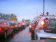 Mistige ochtend voor verkeer in Brabant, ochtendspits is rustig