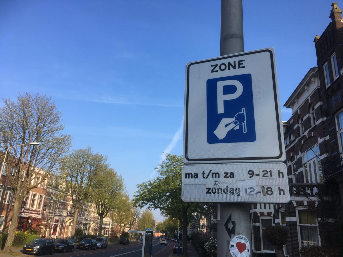 Betaald parkeren in Nijmegen. In de binnenstad wordt het uitgebreid tot 23.00 uur.