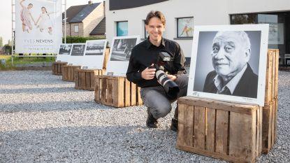 Fototentoonstellingen afgelast, dus start fotograaf mini-expo op eigen parking