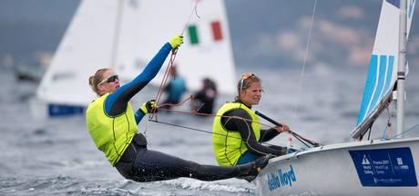 Zegers en Van Veen pakken leiding in Regatta
