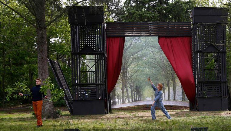 Een voorstelling van het Amsterdamse Bostheater op Oerol, Terschelling, in 2013. Beeld anp