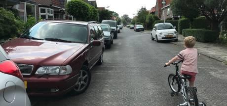 SP wil besluit over vergunningparkeren in Vermeerkwartier uitstellen