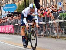 Wereldkampioen Ganna snelt naar roze, Kruijswijk en Kelderman verliezen veel tijd