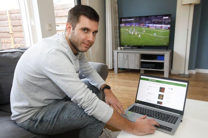 Voetbalanalist Remon Hendriksen uit Zetten beschouwt voetbalwedstrijden op basis van data met zijn platform Tussen de Linies.