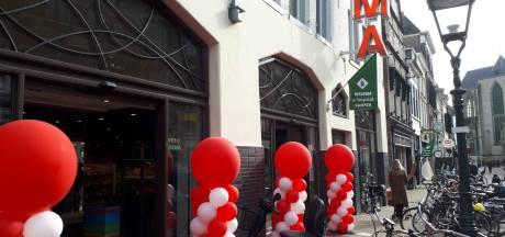 Hema Kampen na twee weken verbouwen weer open