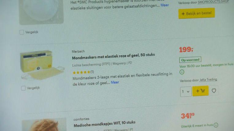 Mondmaskers worden online aan woekerprijzen verkocht.