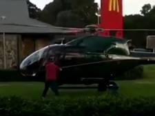 Man gaat met helikopter door de McDrive